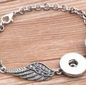 Crystal Angel Wings Snap Bracelet Antique Silver